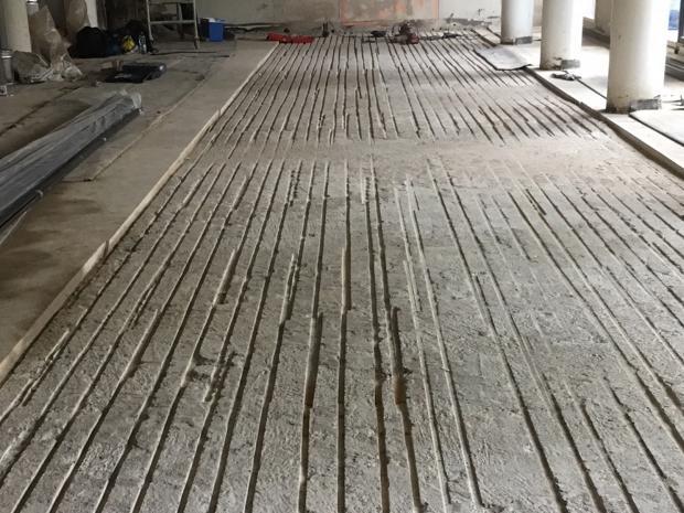 Voorbewerkte verdiepingsvloer